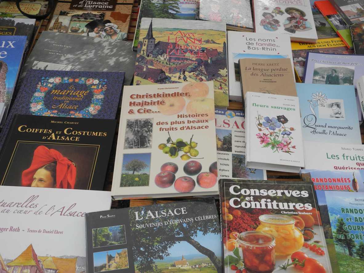 Schaubild Elsass: Kulinarisch, kulturelle Gemengenlage bzw. Nabelschau, man beachte das kleine braune Buch