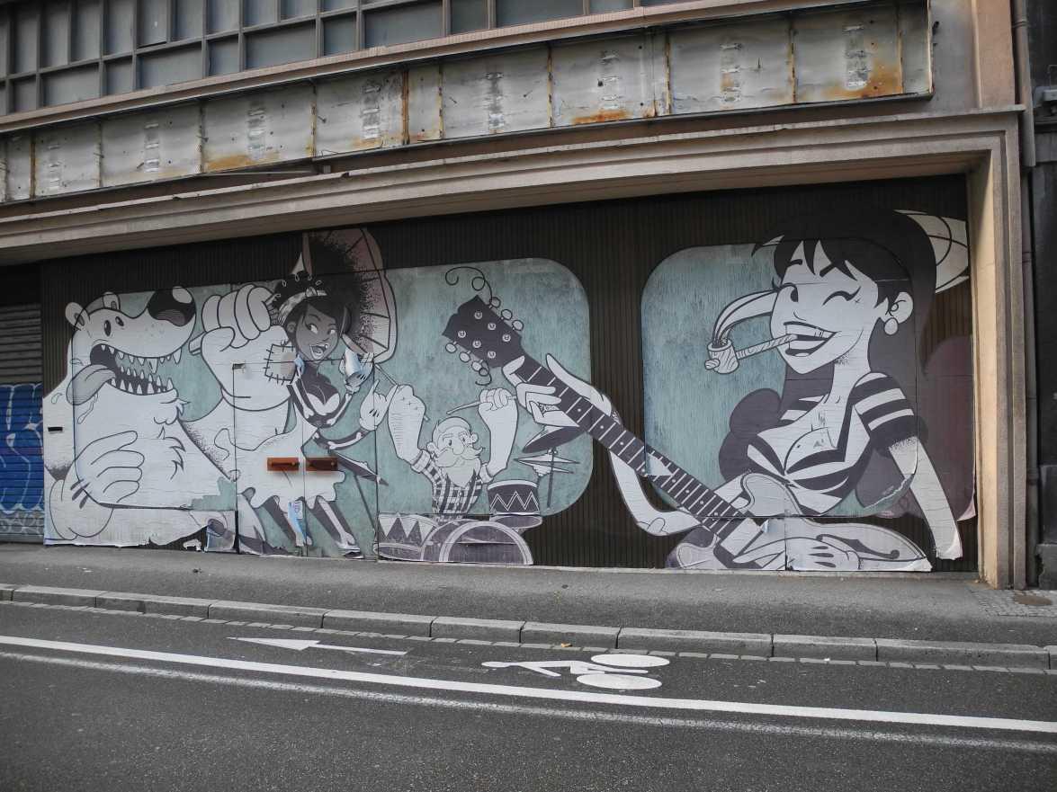 Grau ist nicht trist, so gehen in der Rue Deserte (Straßburg)