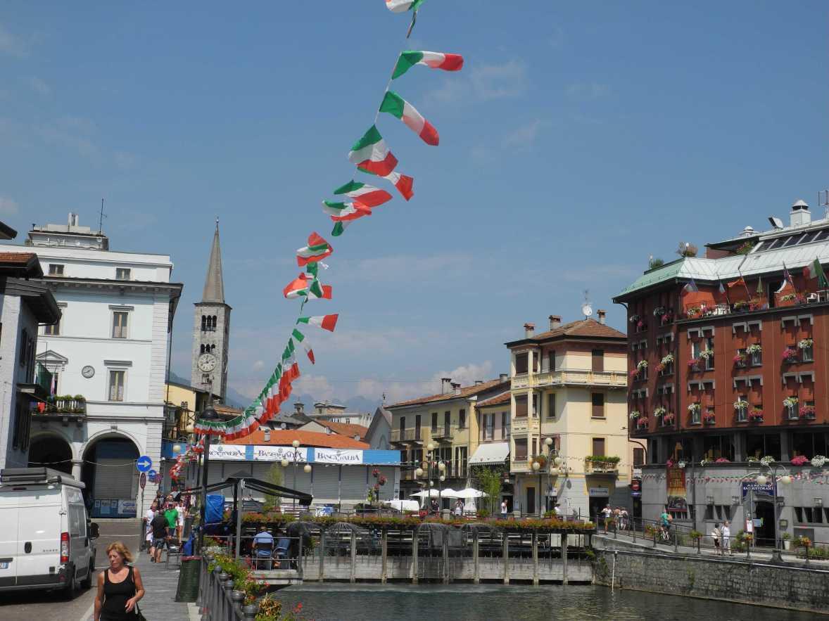"""Grün, weiß, rot sind damals wie heute nicht aus einem """"italienischen Sommer"""" wegzudenken (Foto nicht aus Buch)"""